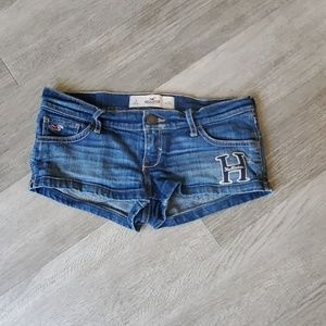 Hollister size 3 w26 super short shorts